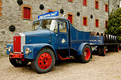 Ireland, County Cork, Old Midleton Distillery, Lorry - Stock Image - A8H1F9